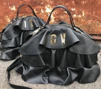 Logo Vinci gratis una bellissima borsa personalizzata con le iniziali a tua scelta