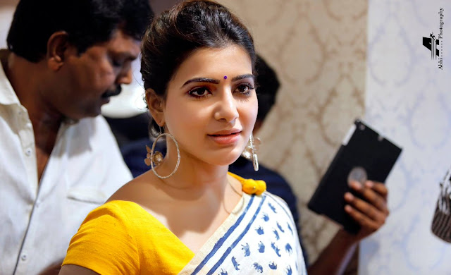 Samantha at Akruthi Silks Launch in Chirala  Stills