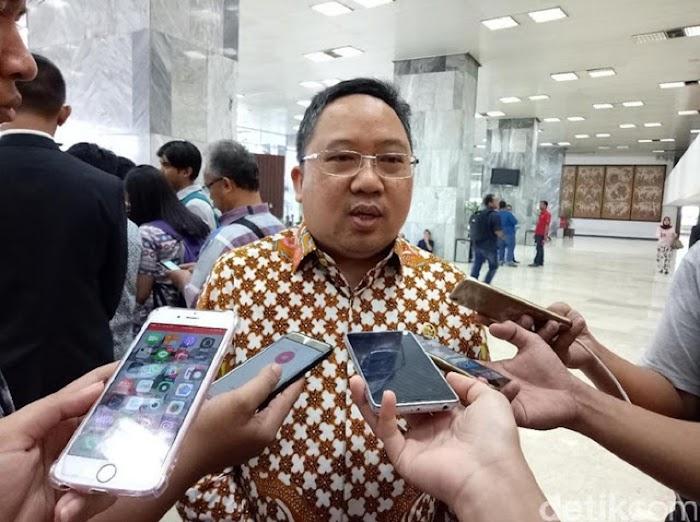 PPP Minta Jokowi Ganti Cap 'Islam Radikal' Jadi Ekstrem Kanan