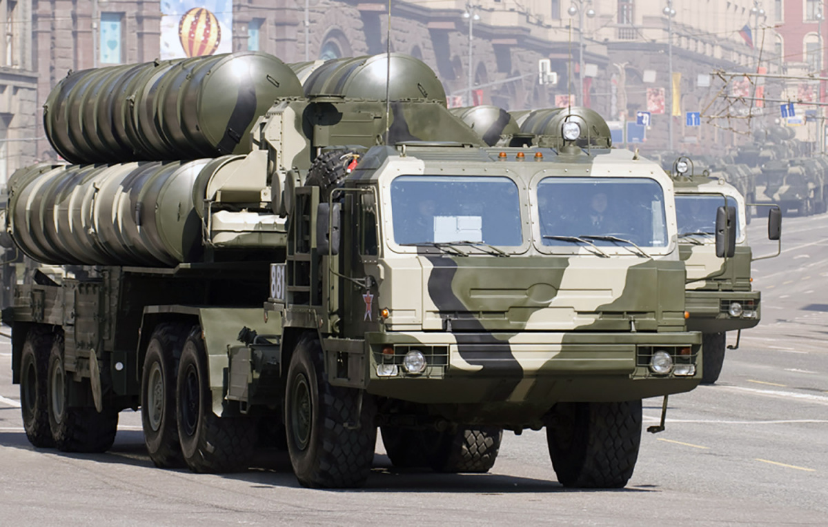 Turkey Wants Russia's S-400 Air Defense System