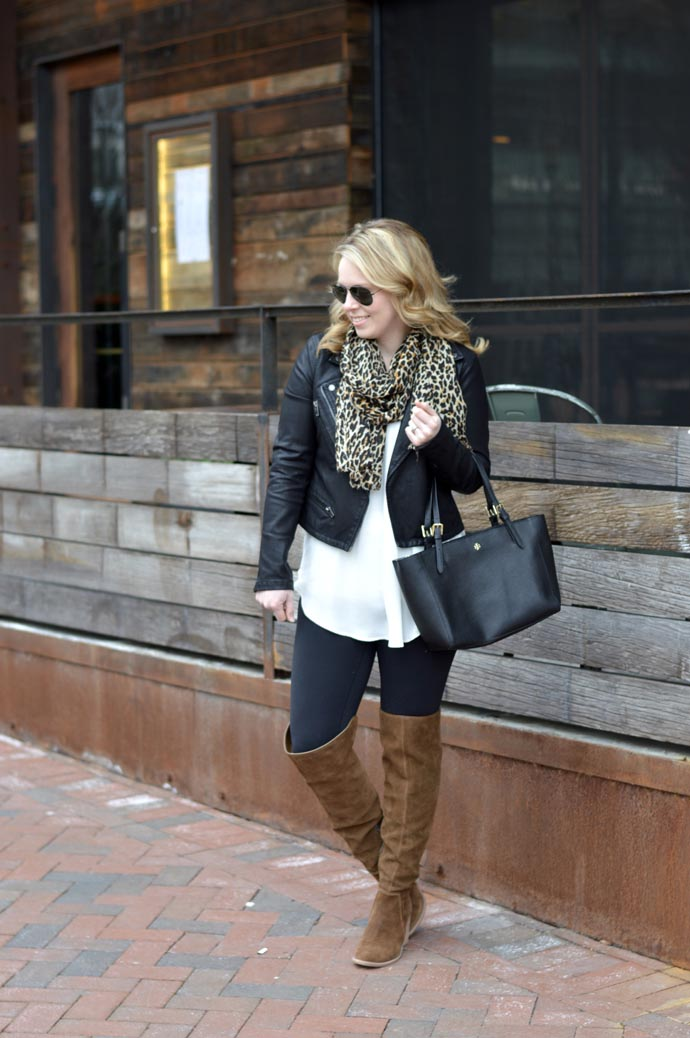 cute-winter-outfit-idea-with-leopard
