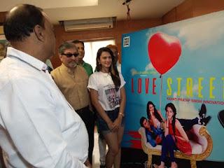 Ayesha Kapoor movies