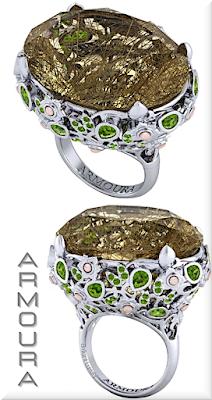 ♦Armoura Magnolia rutile quartz cocktail ring with peridot in 18k white gold #jewelry #armoura #brilliantluxury