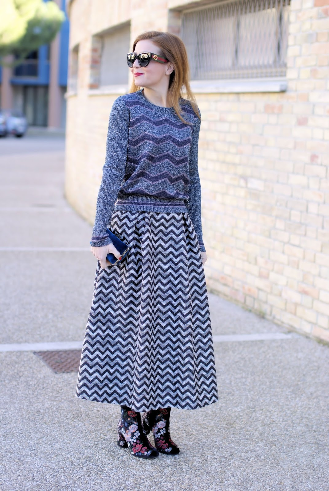 Winter holidays look: double chevron print on Fashion and Cookies fashion blog, fashion blogger style