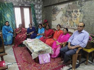 महिला काव्य सृजन मंच द्वारा शिक्षक दिवस पर काव्य गोष्ठी का आयोजन   #NayaSaberaNetwork