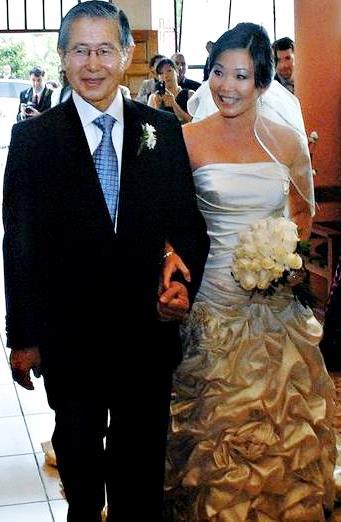 Foto de Alberto Fujimori y su hija Sachie Fujimori en su boda