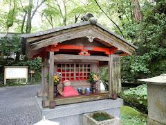 石山寺那須与一地蔵尊