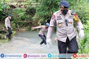 Dansat Brimob Polda Sulsel Pimpin Tim Evakuasi Korban Longsor di Wilayah Kabupaten Majene