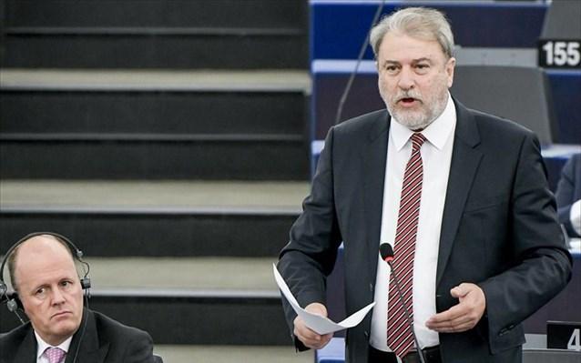 Ν. Μαριάς: Υποκριτική στάση ΕΕ- Επιβάλει κυρώσεις στη Ρωσία για τον Ναβάλνι ενώ «χαϊδεύει» τον Ερντογάν