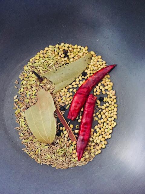 Pav-Bhaji-Recipe-Step-2