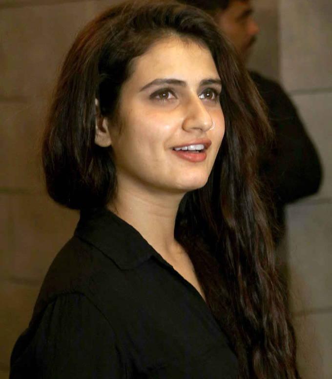 Fatima Sana Shaikh oily face nose ring