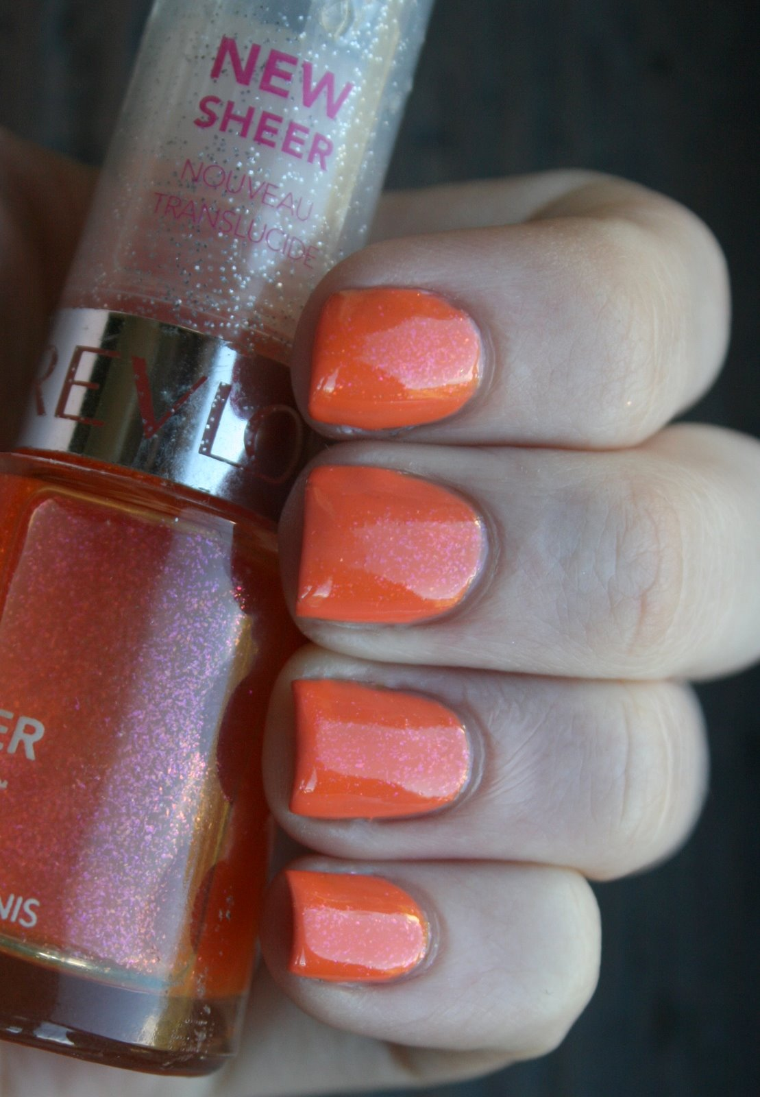 Revlon Apricot Freeze Glimmer Gloss over Australis - Citrus