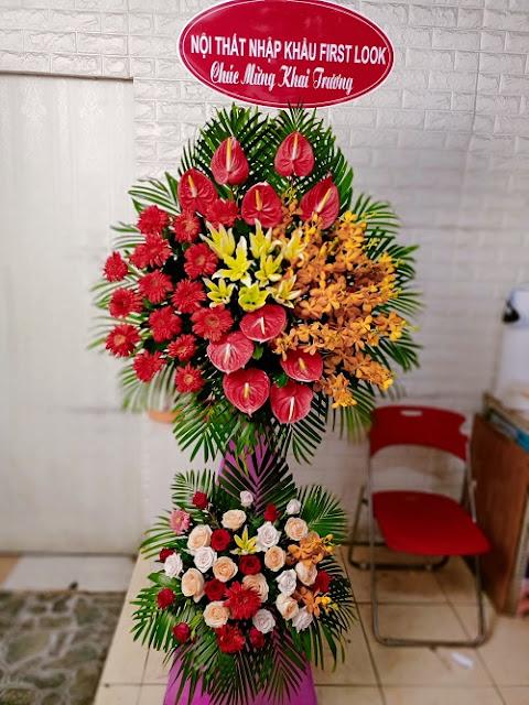 tiem hoa hoa tuoi tan binh