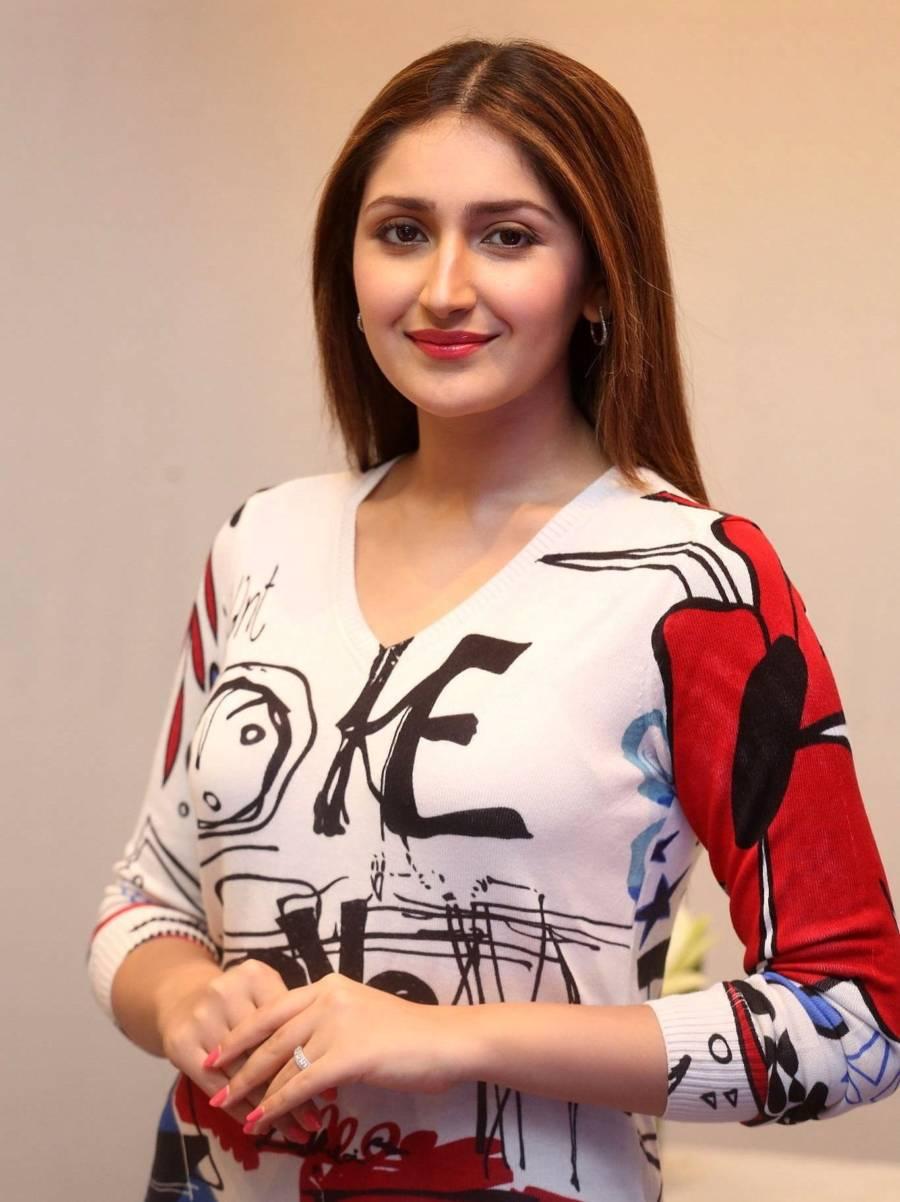 Indian Girl Sayyeshaa Saigal At Bandobast Interview