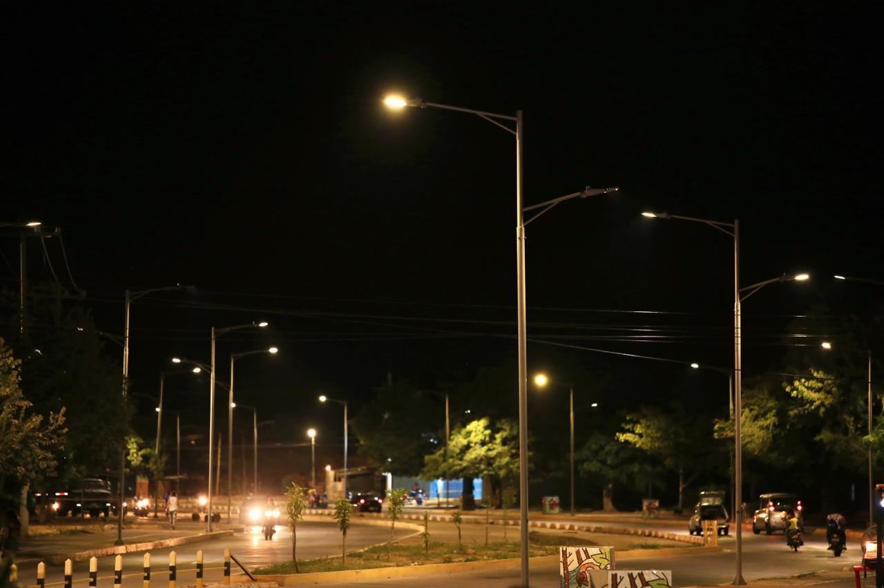 hoyennoticia.com, ¡En Valledupar por fin inauguraron alumbrado público en la avenida 450 años!