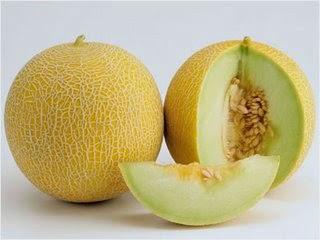 tidak hanya sanggup dirasakan bagi orang yang sedang berdiet menurunkan  berat tubuh Ibu Hamil Yang Sering Mual, Makanlah Buah Melon