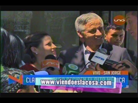 FAMILIA GARCÍA FERNÁNDEZ DEJA LA CLÍNICA JUNTO A SU PEQUEÑA HIJA ALBA