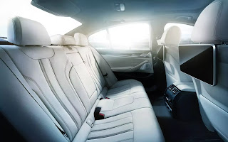 BMW - Comfort and Convenience