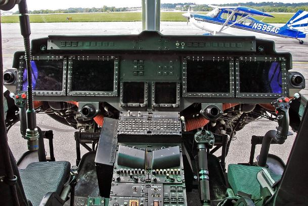 Bell UH-1Y Venom cockpit
