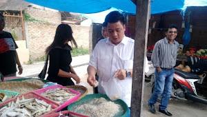 Vandiko Gultom Blusukan ke Pasar SRO Pangururan, Pedagang Curhat