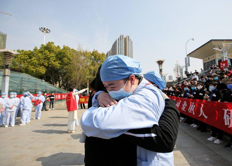 China vivió su primer día sin ningún contagio local