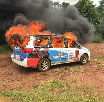 Okorocha Son-in-law Campaign Vehicles Burnt By Youths (Pics)