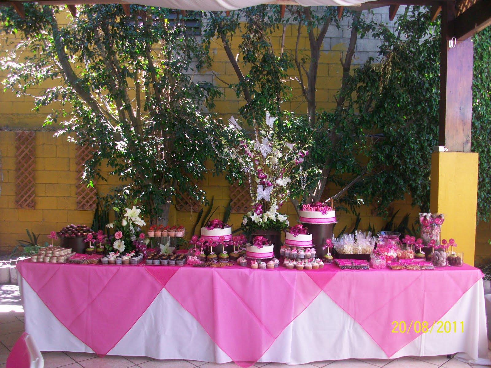 Cherry pasteleria creativa mesa de dulces para mariana for Mesa de postres para xv