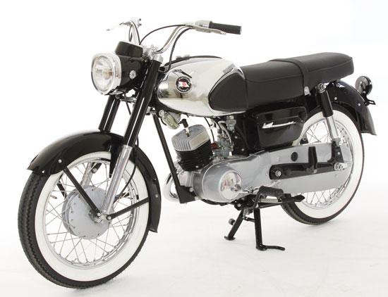Kawasaki B8 left