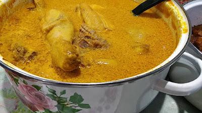 Gambar ayam masak kari