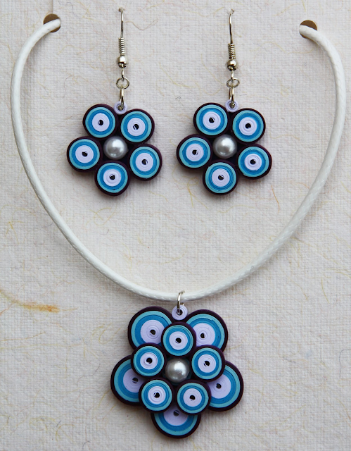 How to make quilling pendant necklace for kids quilling - Paper quilling ideas for kids ...