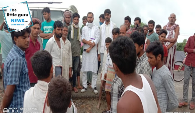 बाढ़ पीड़ितों से मिलने पहुँचे राजद नेता, राहत सामग्री करेंगे वितरण