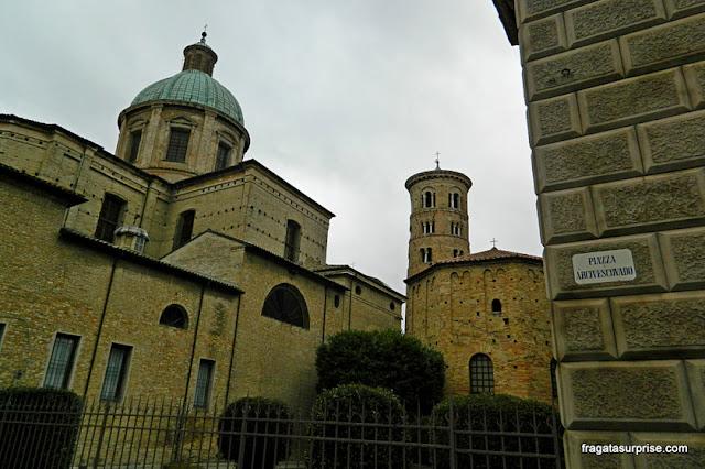 Piazza Arcivescovado, Ravena, Itália