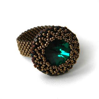 Купить кольцо с изумрудным кристаллом Swarovski