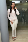 Catherine tresa gorgeous in white-thumbnail-17