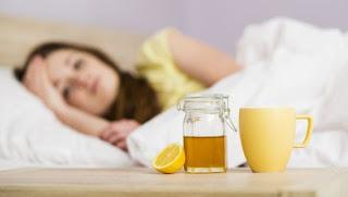 Manfaat madu, khasiat madu, kegunaan madu, fungsi madu, manfaat madu sebelum tidur, madu hutan, madu randu, madu asli,