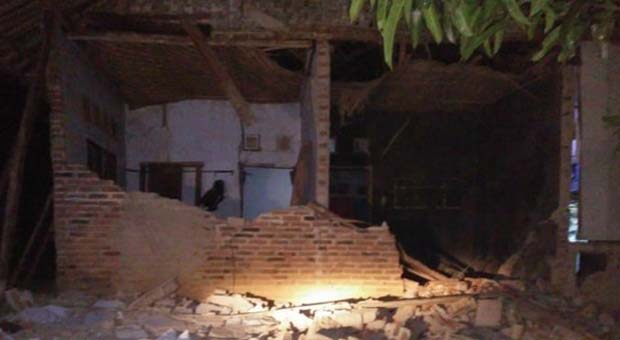 Lima Rumah Di Cianjur Rusak Berat Pasca Gempa Banten