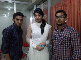Alvi Bangladeshi Actress and her Friends