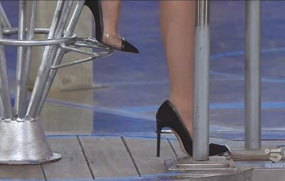 Stefania Orlando scarpe tacchi alti Avanti Un Altro 18 aprile