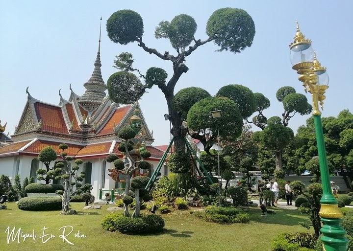 Jardines-Wat-Arun