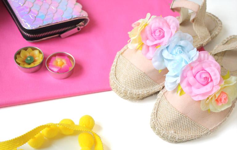fashion flat lay shoes