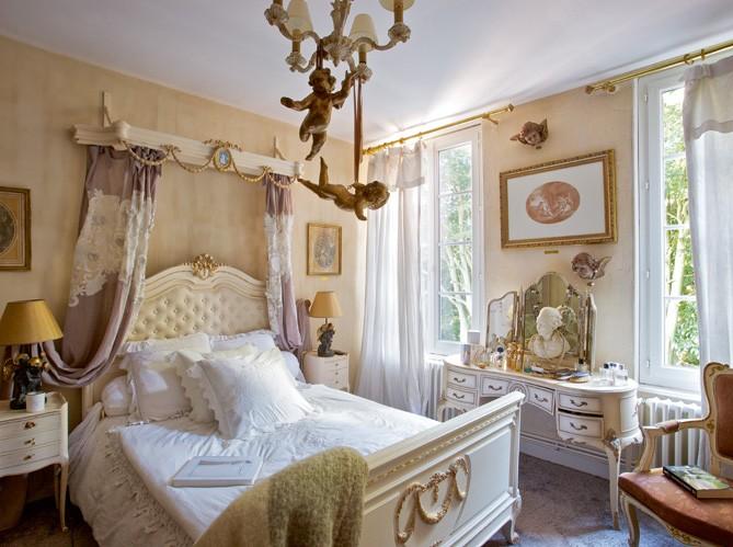 Boiserie c passione per i mobili e gli oggetti del xix for Mobili per passione
