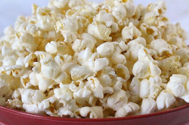 Sejarah Popcorn yang Akhirnya Bisa Menjadi Makanan Wajib Dibioskop