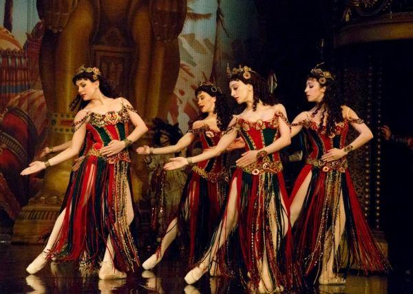 Hannibal Andrew Lloyd Weber - balet, ktory tu symbolizuje nuty orientalne