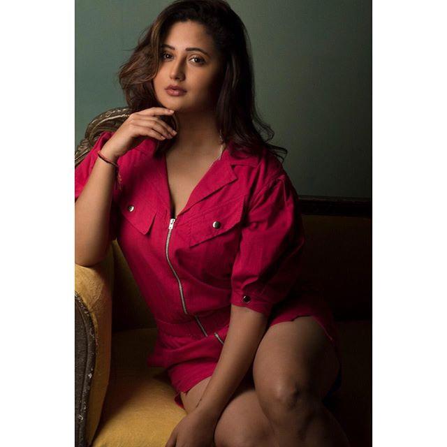 Rashami Desai Photos
