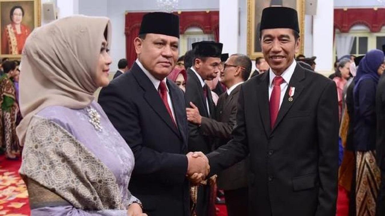 Survei Sebut Publik Tak Puas dengan Komitmen Jokowi Berantas Korupsi