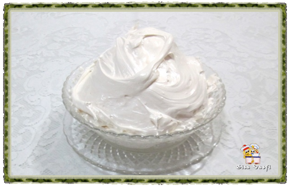 Bolo e cupcake de groselha com beijinho de coco 8
