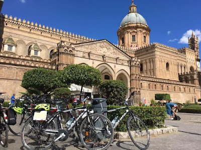cheap road bike rental in Palermo Sicily