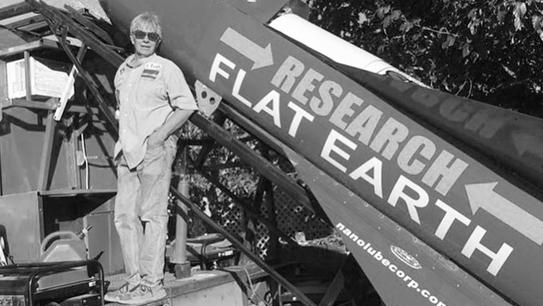 #Vídeo | Terraplanista muere al estrellarse el cohete casero con el que quería confirmar su teoría