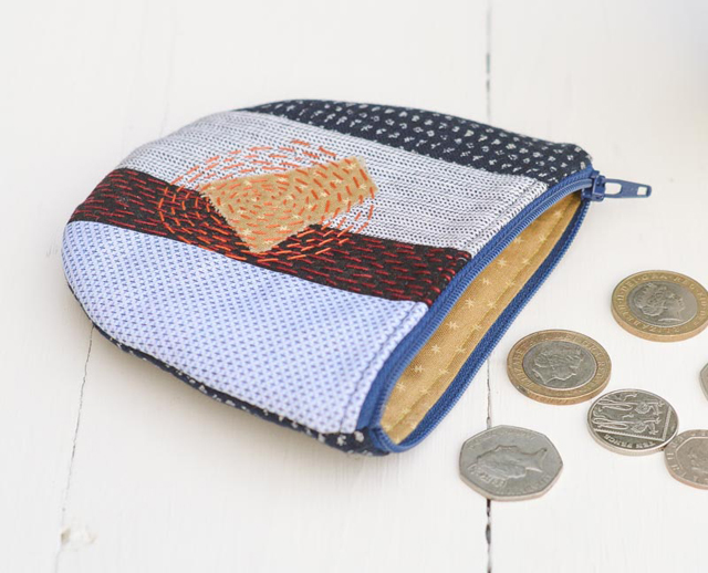 Learn how to use the Sashiko technique to make a coin purse ~ Tutorial by Vicky Myers Creations