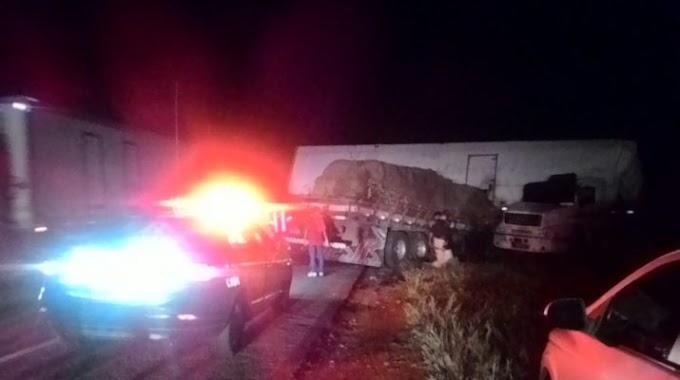 Acidente envolvendo carreta e caminhão deixa 3 mortos na região de Capim Grosso